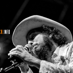 PHOTO REPORT: Vinicio Capossela @ Voci dal Sud [Sant'Arsenio, SA] – 10/8/2013