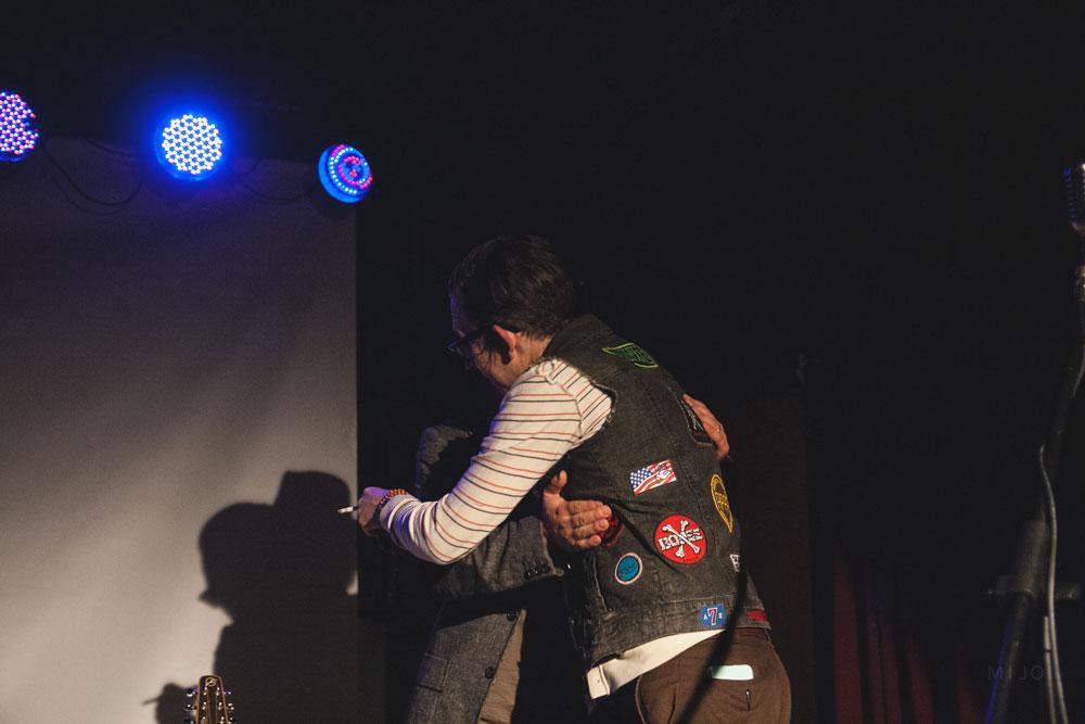 Micah p hinson just kids milano ohibo abbraccio